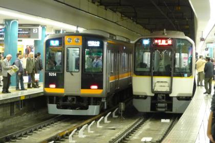 阪神9000系と近鉄9820系
