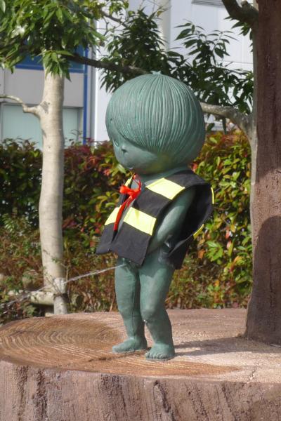 ちんこがかわいい鬼太郎のションベン小僧
