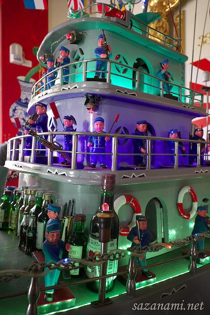 台湾高雄でなぜか日本の軍艦を祀る鳳山紅毛港保安堂→提督も続々